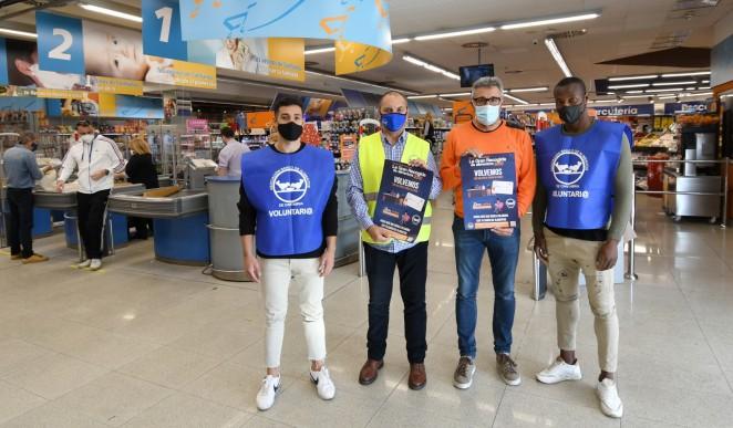 El Racing respalda la 'Gran Recogida' organizada por el Banco de Alimentos de Cantabria